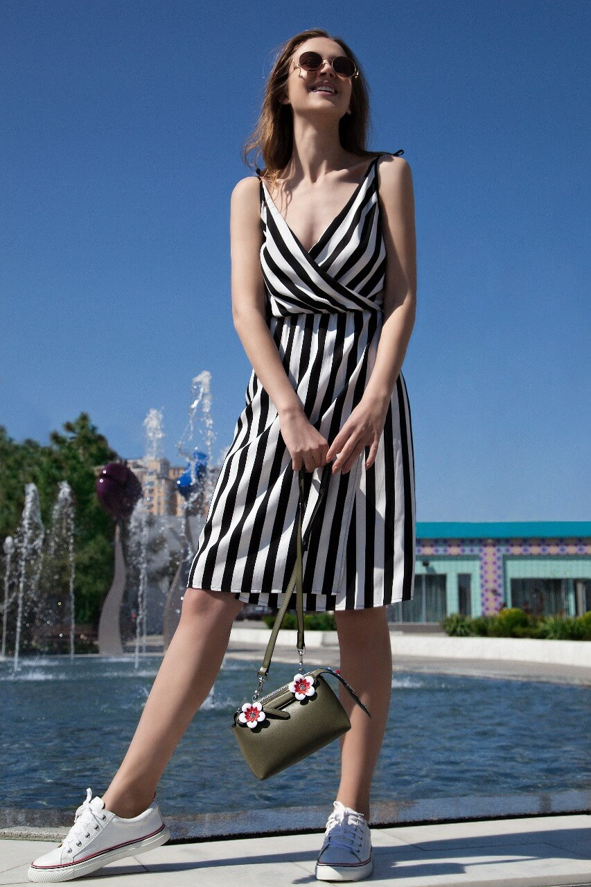 Купить женскую одежду брендовую россия