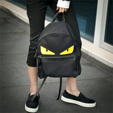 Фото 1 Подкатегория Рюкзаки. У многих девушек женские рюкзаки, купить в  Киеве ... d5d2e3649de